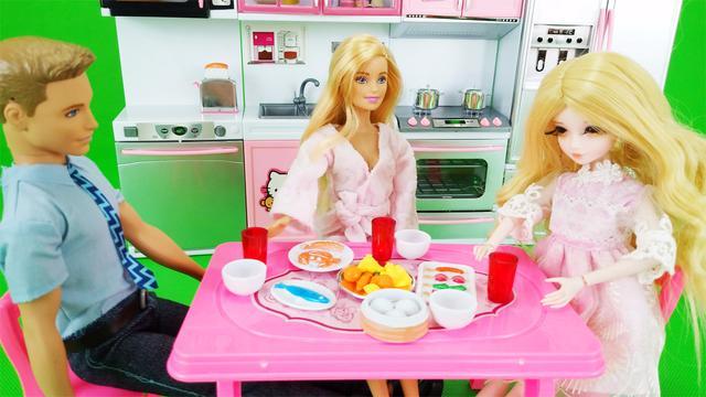 芭比娃娃一家 过家家玩具可儿帮妈妈超市购物