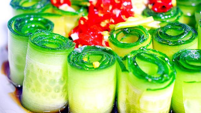黄瓜不要再单独凉拌,加点这些料,瞬间提高一个层次