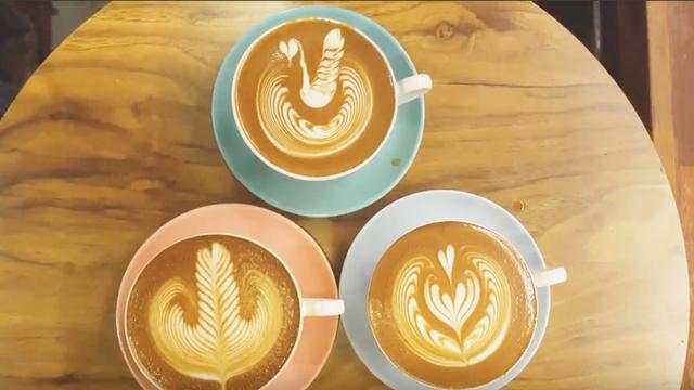 咖啡拉花合集,要想学好咖啡拉花,看1000个拉花视频练1000杯咖啡