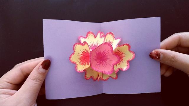 教你自己动手DIY折纸卡片花,弹出立体花朵的贺卡,开学送老师