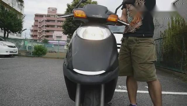 二手踏板摩托车出售