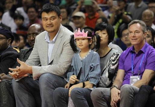 姚明身高和他老婆图片