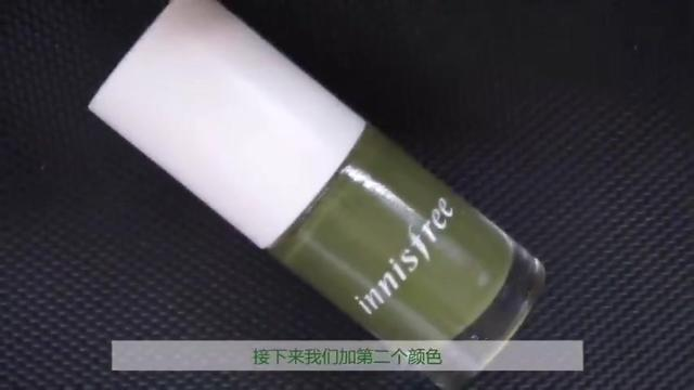 超级小清新的美甲,抹茶绿真的是太显白了!_腾讯网