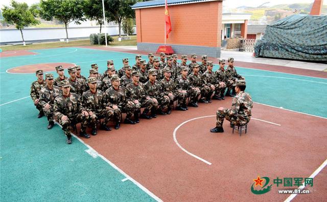 解放军正式颁发新一代军事训练与考核大纲 - 陆... - 手机铁血网