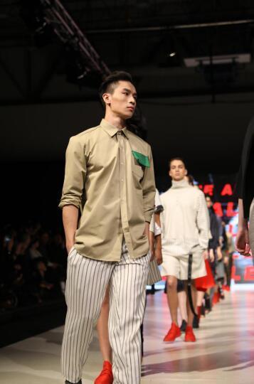 亚洲男模李辰乐精彩演绎简约、舒适的ALEX S. YU