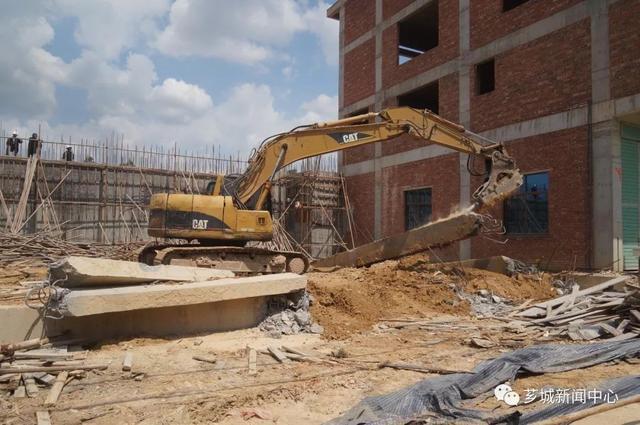 芗城区天宝镇拆除2500多平方建筑!原来这些建筑是……