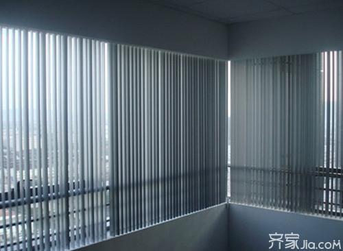 鋁合金<a href='http://www.fpeqvi.com/gongsijianjie/' target='_blank' title='百葉窗'><strong>百葉窗</strong></a>優點 鋁合金百葉窗保養方法