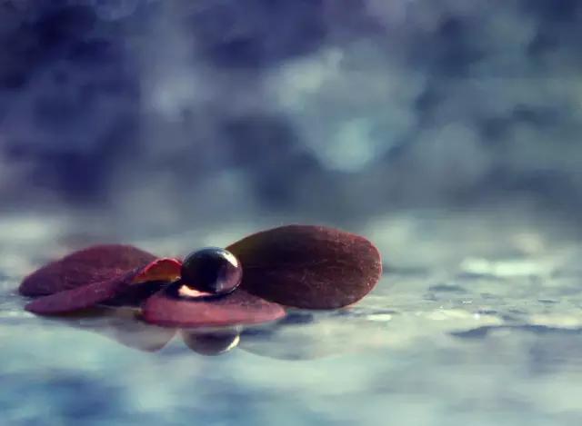陈奕迅翻唱邓丽欣的《不要离我太远》,一开口就忍不住想哭!