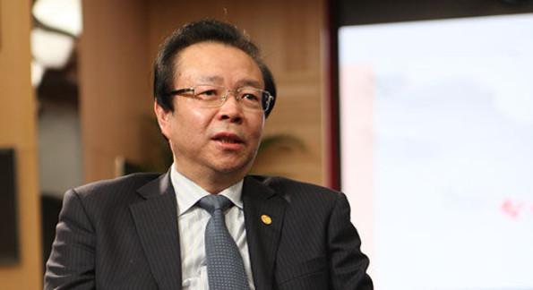 """中国华融原党委书记、董事长赖小民严重违纪违法被""""双开"""""""