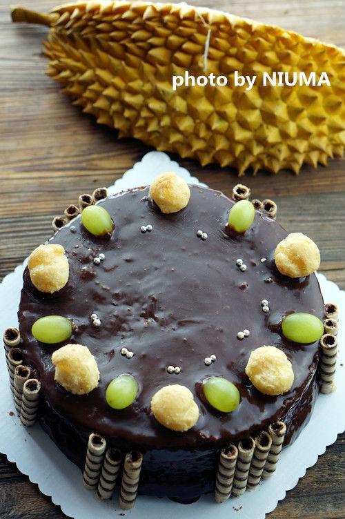 榴莲蛋糕,口感超绵密,带着一丝丝的相思,满满的榴莲味,真好吃