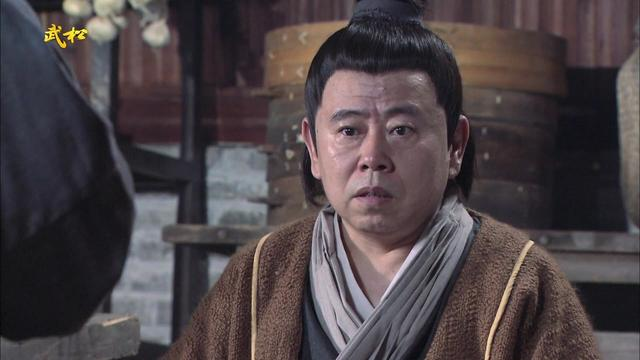 武大郎勇救潘金莲,潘长江演的实在太逗了