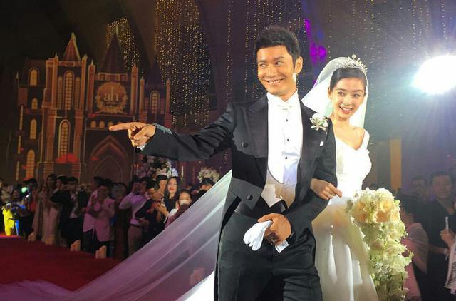 """黄晓明、Angelababy的""""ah""""婚礼提前感受下!"""