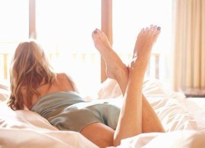 为什么女性私处会发黑?别急,这5个原因全都给你