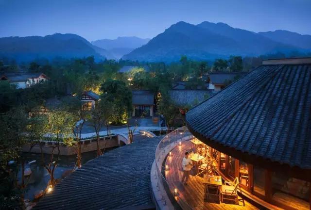 青城山六善酒店 一次融入自然的逃逸