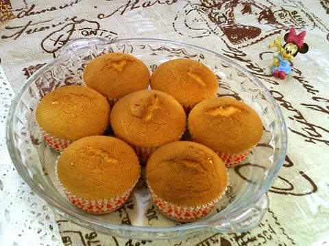 鵝蛋法式海綿小蛋糕