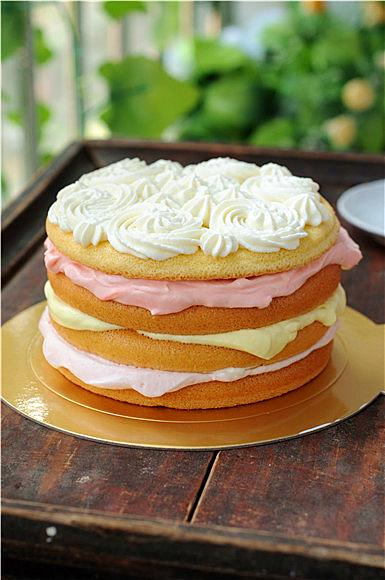 不用學裱花,你也可以做出美美噠的生日蛋糕,手殘黨的福音