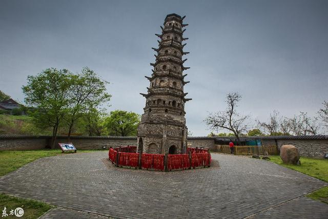 世界第一古斜塔——方山斜塔