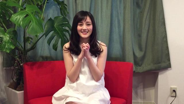 心目中日本女孩的样子,完全听不懂,也能觉得她在你耳边轻轻的说