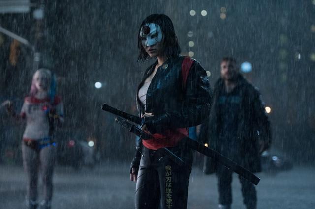 求《自杀小队》里小丑女哈莉•奎茵的高清大图?