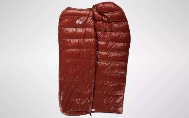 野外露营还能睡上鹅绒床垫,轻轻一叠就塞进包里