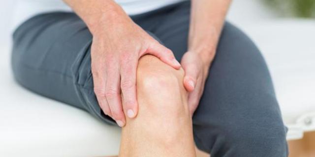 护膝关节动作