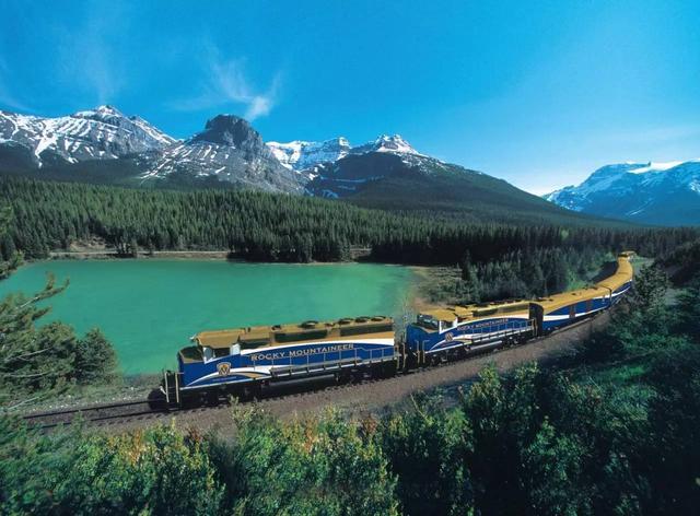 风景最赞的六条火车旅行线路 看完你心动了吗