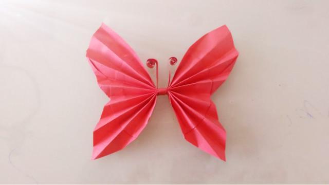 手工折纸教你用大头针做个立体的蝴蝶,装饰墙面贺卡礼盒都很漂亮