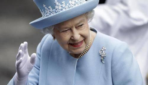 他是哈里王子的亲生父亲?戴安娜王妃去世20年旧情人再谈往事