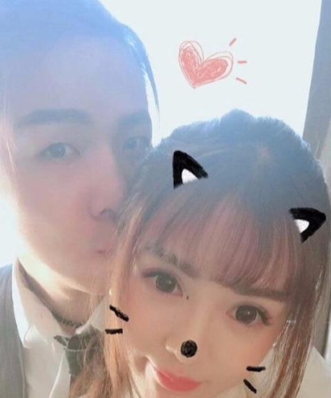 LOL:小漠即将与慕诗琪结婚,网友:这波狗粮可以的!