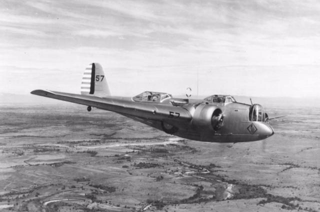 二战轰炸机b17视频