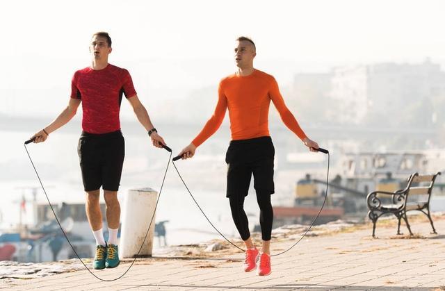 健身界公認超燃脂殺手——跳繩,堅持2個月,讓你暴瘦15斤