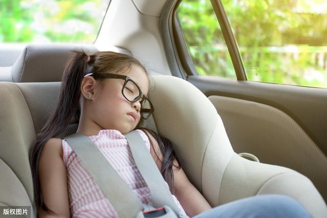 疫情期间汽车保养清洗,儿童座椅是重点,车主不可掉以轻心!