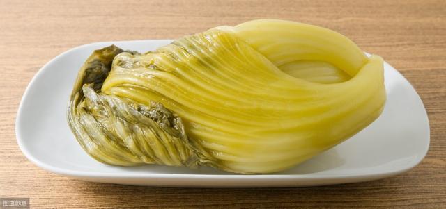四川人煮鱼离不开的调料,这么大坛的老坛酸菜,以... _网易视频