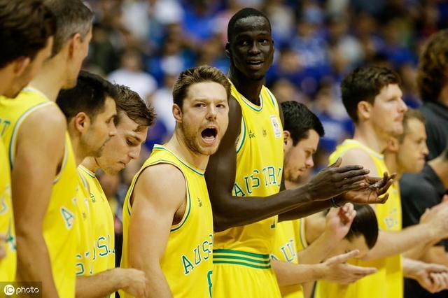 澳大利亚篮球球员