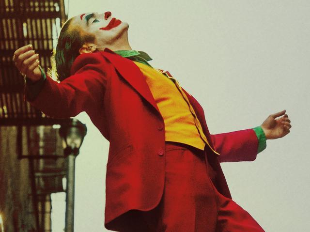 小丑强颜欢笑伤感图片