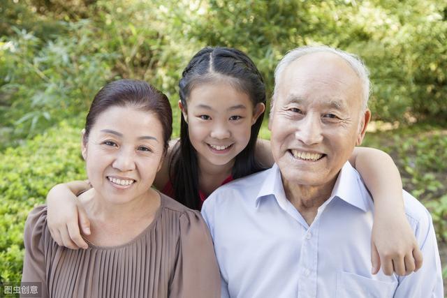 兒媳說不給公公婆婆養老,婆婆:不養老的話,就不幫你們帶孩子!