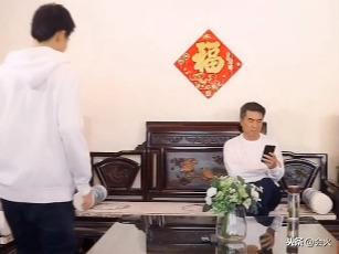 """何晴""""三婚""""丈夫曝光,原来是我们这么熟悉的他!_网易视频"""