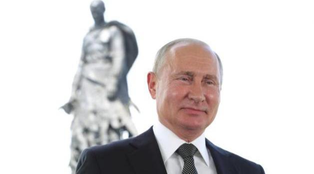 俄罗斯人为普京按下重设键:连任两届,任期延长至2036年?