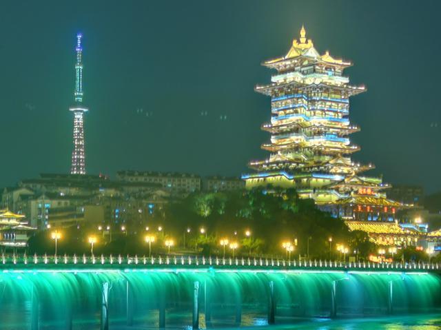 绵阳东方红大桥夜景