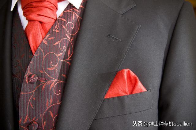 除了合身,这些男生职场西装穿搭细节,也是个人品味和气场的体现