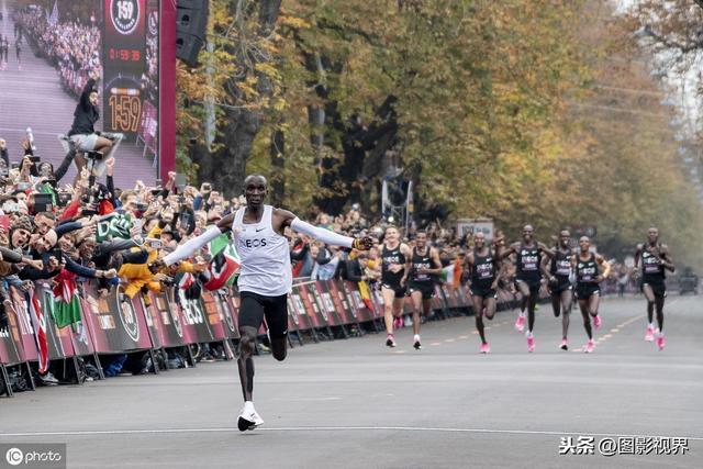新中国最值得铭记的10位跑者