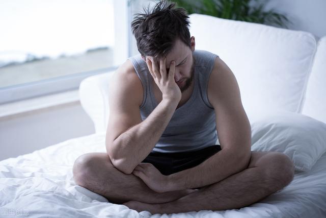 晚上频繁起夜小便,可能是疾病信号,警惕背后的9大原因