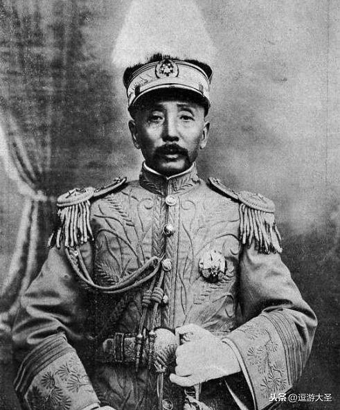 东北王张作霖部下被日军杀害:下令军队放假,上街采取报复行动