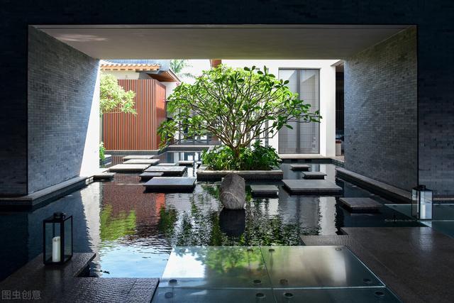 小型私家庭院用什么主题好 ?