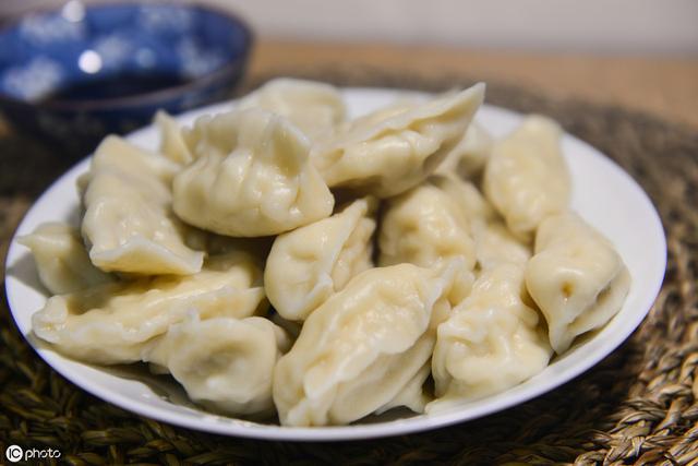 韭菜鸡蛋饺子馅的正宗做法 - 美食 - 懂得