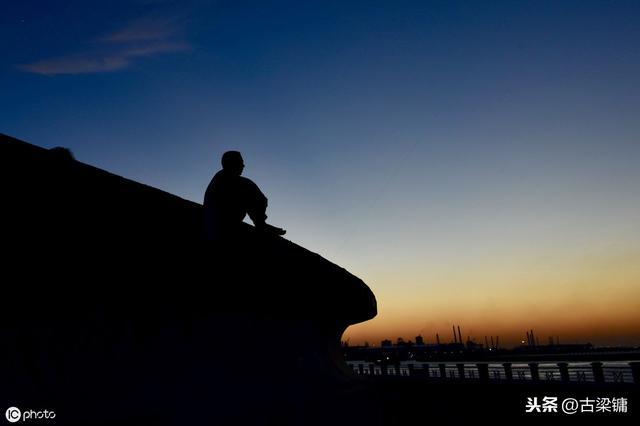 听着《南山南》去看重庆南山一棵松,别有一番滋味!