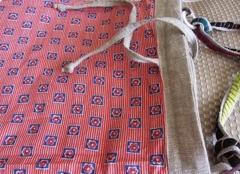 旧衣服剪成了布条,用针线缝起来,竟然还可以这么好看!附教程