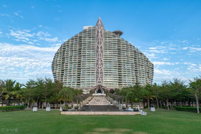 中国首家七星酒店,豪华程度远超迪拜,你的工资能住几天?