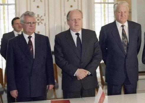 是王牌,还是麻烦?90年代乌克兰销毁核武器始末