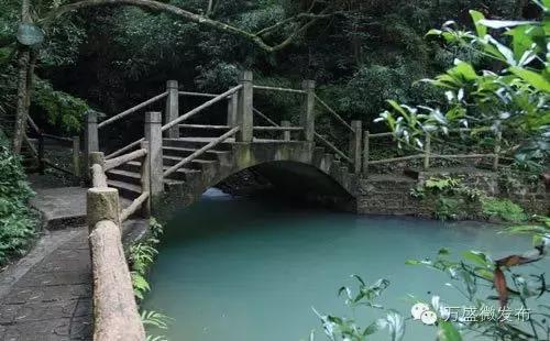 龙鳞石海 - 黑山谷景区官网 | 国家5A级景区